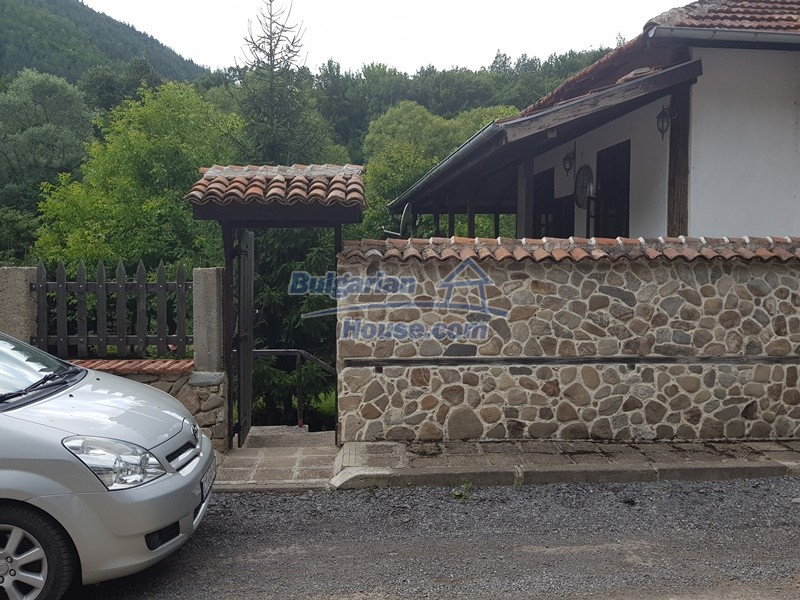 12861:24 - House for sale next to river in forest  50km to Veliko Tarnovo