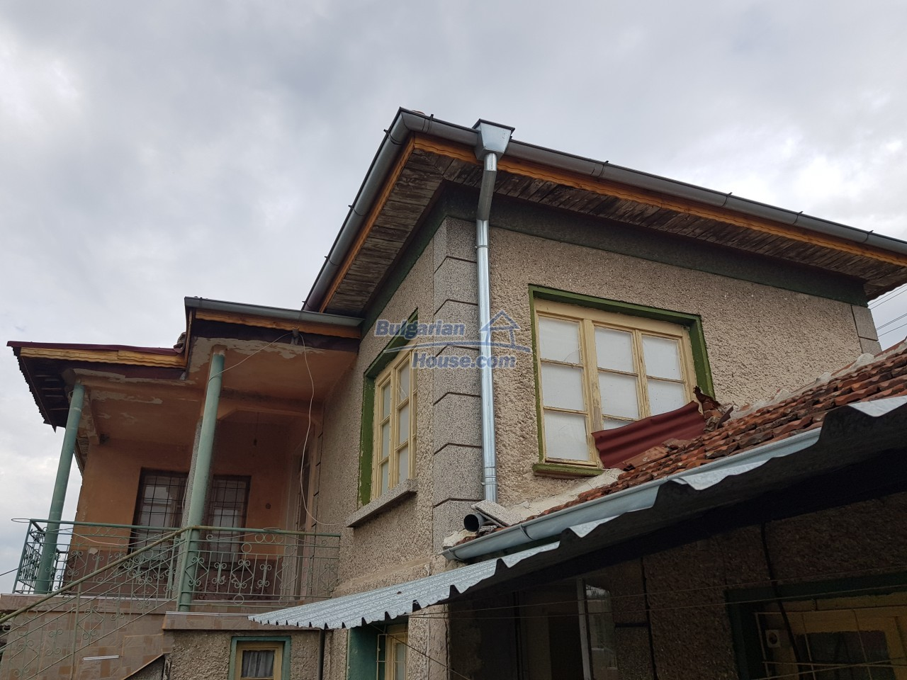 12829:31 - Lovely Bulgarian house for sale near lake Stara Zagora region