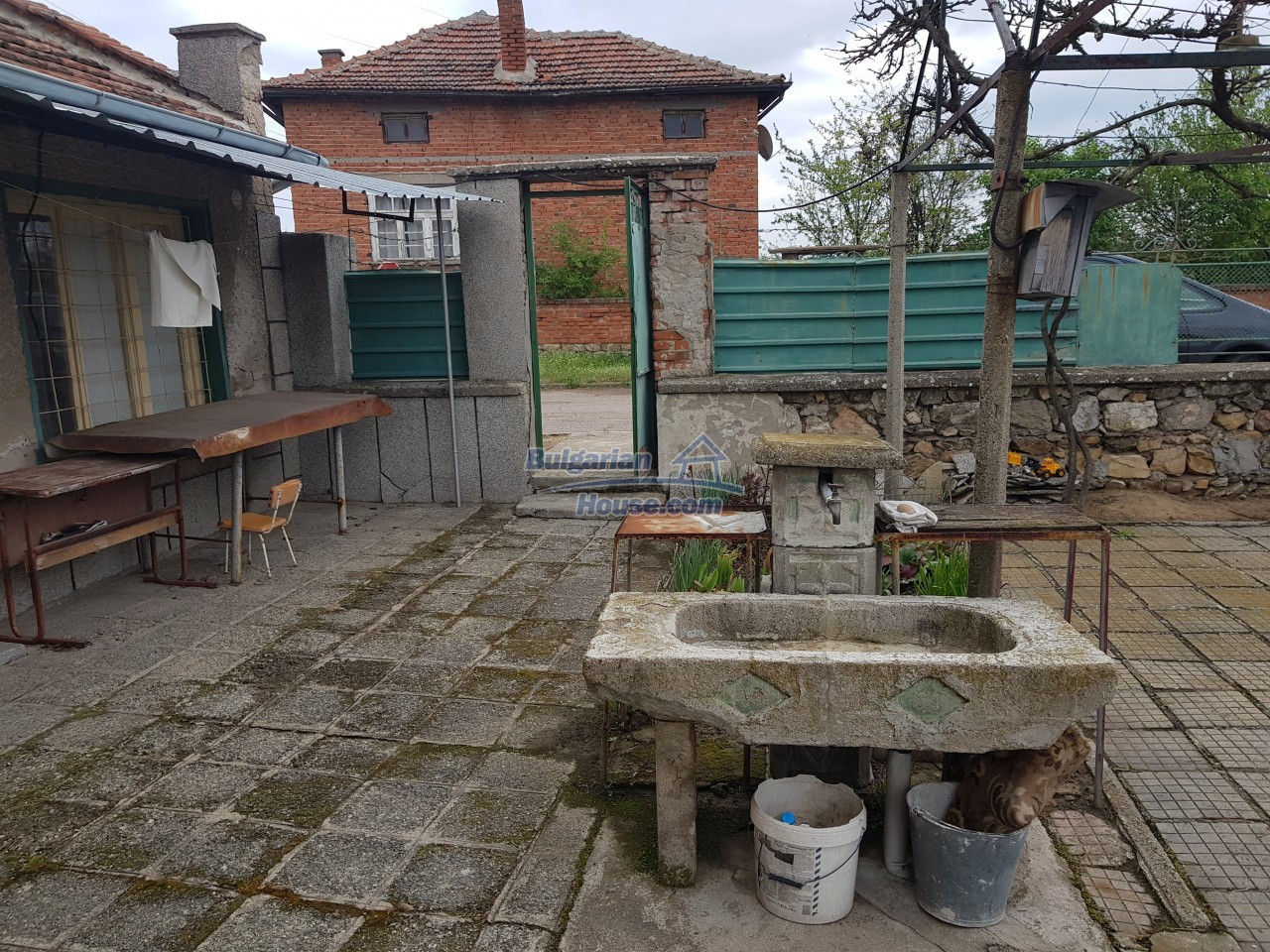 12829:33 - Lovely Bulgarian house for sale near lake Stara Zagora region
