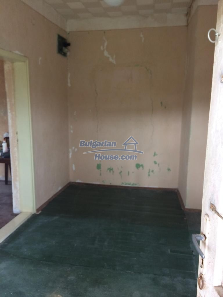 12829:53 - Lovely Bulgarian house for sale near lake Stara Zagora region