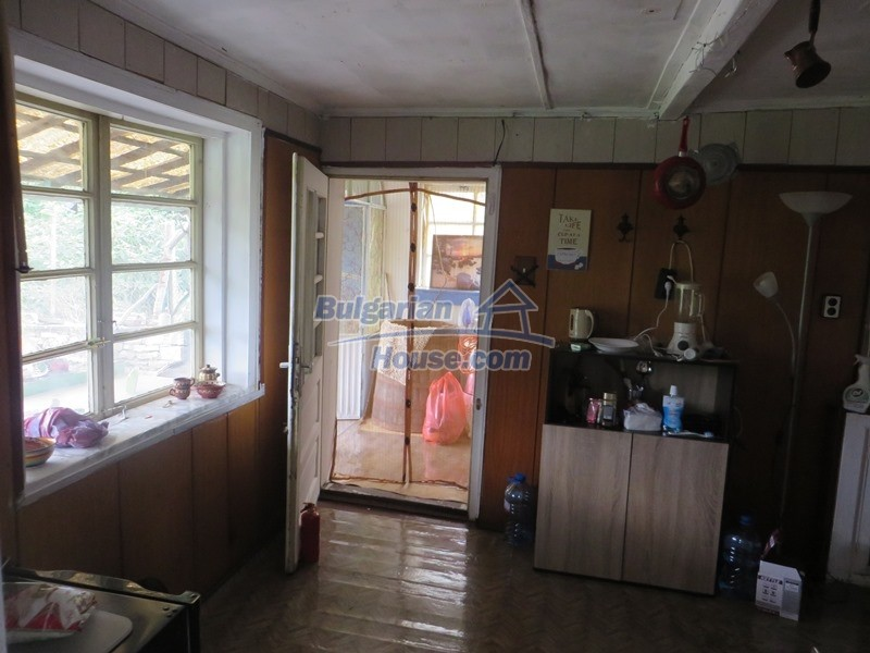 12873:2 - 3 bedroom Bulgarian house with large garden 2500 m2 and big barn