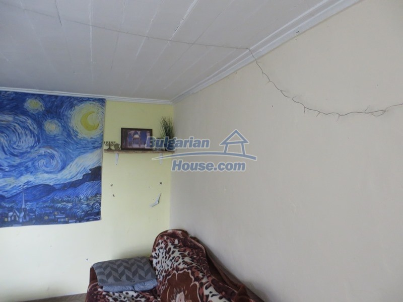 12873:5 - 3 bedroom Bulgarian house with large garden 2500 m2 and big barn