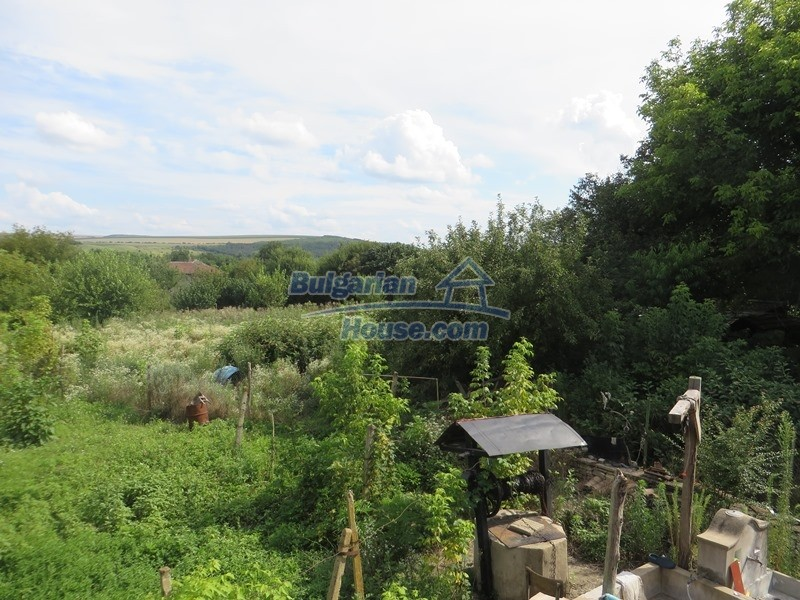 12873:21 - 3 bedroom Bulgarian house with large garden 2500 m2 and big barn