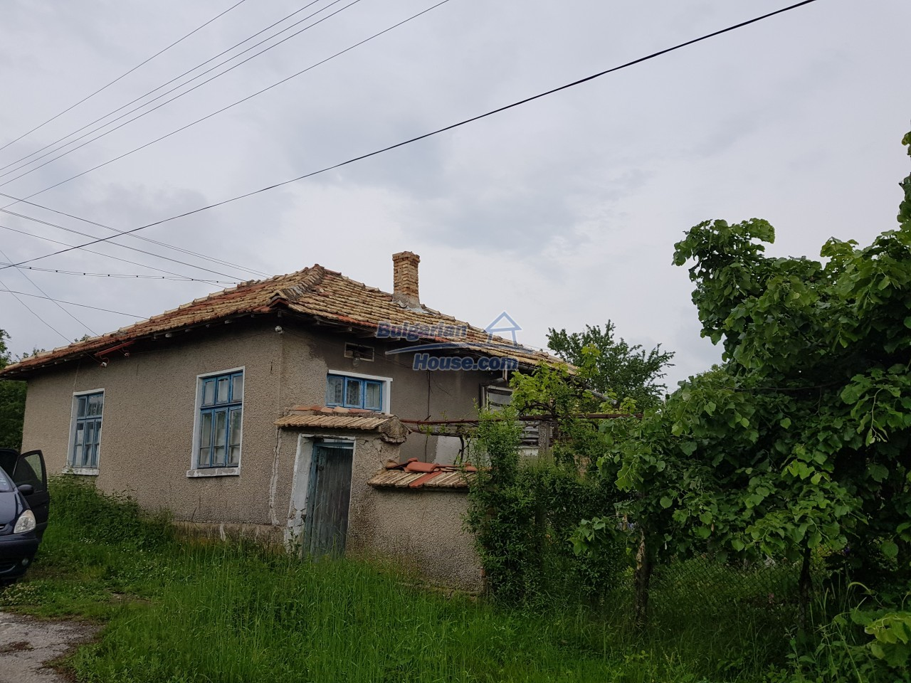 12884:1 - House for sale with big farm building and garden 7000 sq.m land