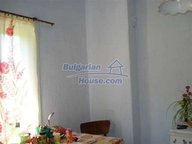 12888:4 - One - storey house for sale in a village near Elhovo