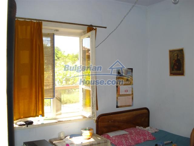 12888:5 - One - storey house for sale in a village near Elhovo