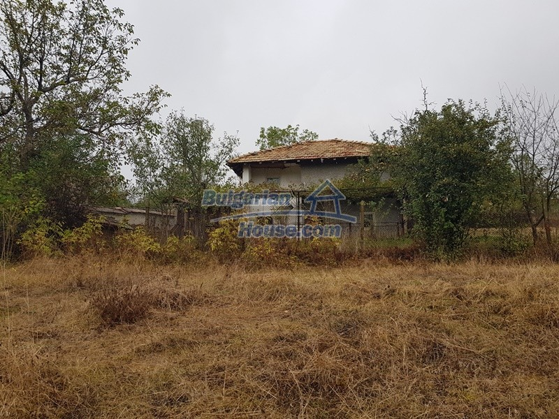 12908:2 - Cheap Bulgarian property near Yastrebino lake Targovishte