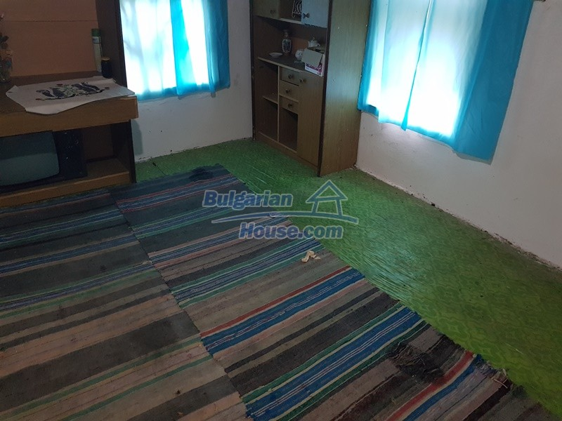 12908:16 - Cheap Bulgarian property near Yastrebino lake Targovishte