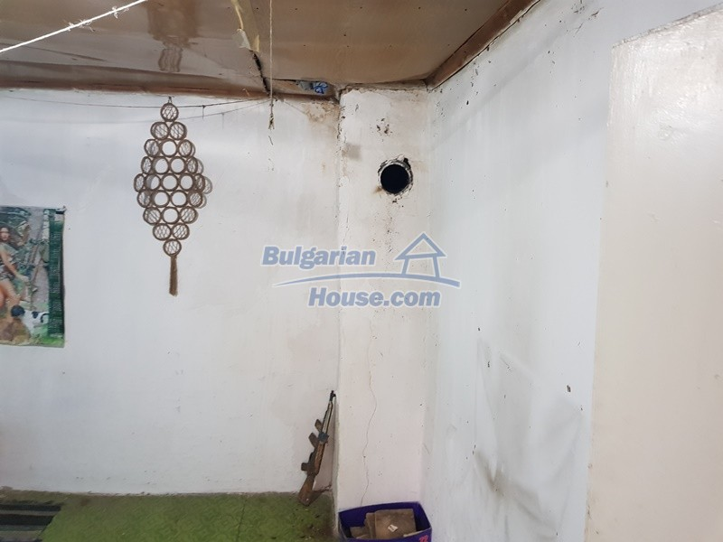 12908:12 - Cheap Bulgarian property near Yastrebino lake Targovishte