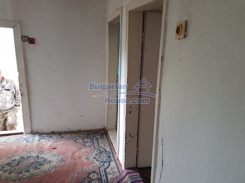 12908:18 - Cheap Bulgarian property near Yastrebino lake Targovishte