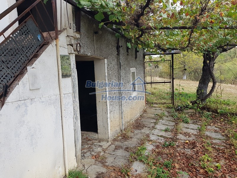 12908:27 - Cheap Bulgarian property near Yastrebino lake Targovishte