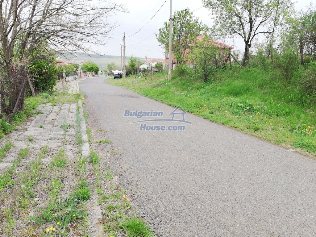 12910:7 - Cheap Bulgarian property 30 km from Burgas and the sea