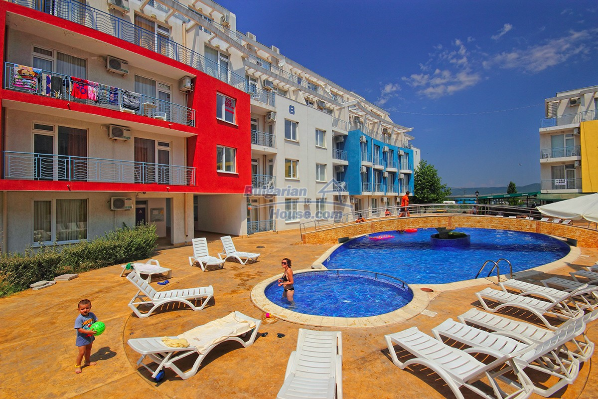 12915:1 - Bright and sunny one bedroom apartment 800 m from the sea