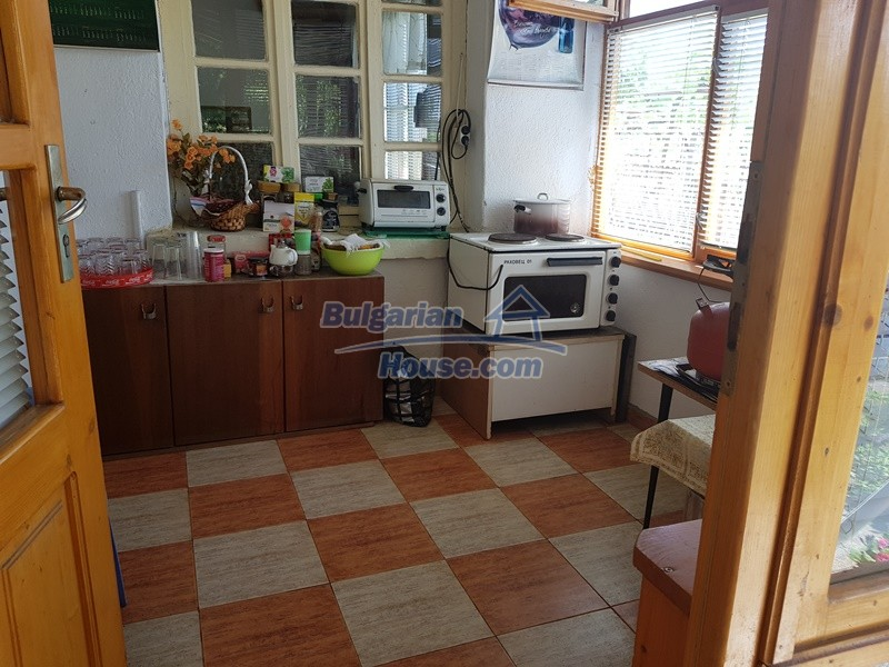 12921:7 - Furnsihed house with big garden 50 km from Plovdiv and St.Zagora