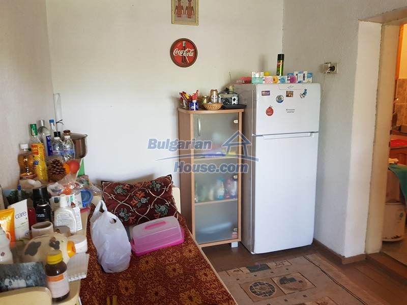 12921:27 - Furnsihed house with big garden 50 km from Plovdiv and St.Zagora