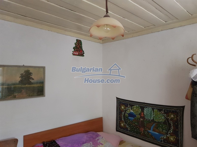 12921:24 - Furnsihed house with big garden 50 km from Plovdiv and St.Zagora