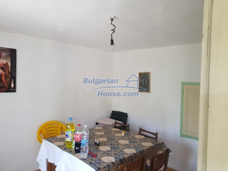 12921:37 - Furnsihed house with big garden 50 km from Plovdiv and St.Zagora