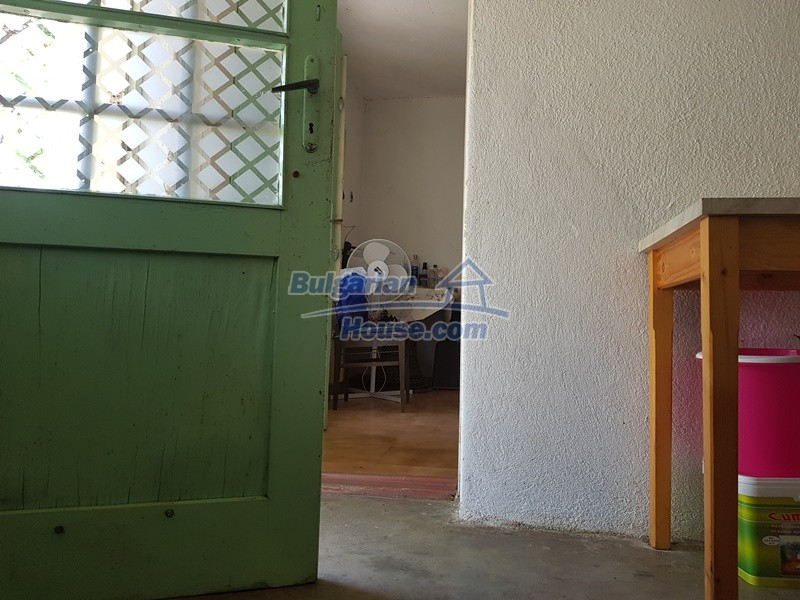 12921:47 - Furnsihed house with big garden 50 km from Plovdiv and St.Zagora