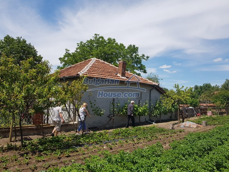 12921:80 - Furnsihed house with big garden 50 km from Plovdiv and St.Zagora