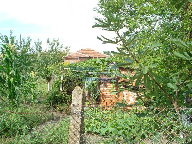 12922:30 - Village House in good condition 9 km from Elhovo- Yambol region