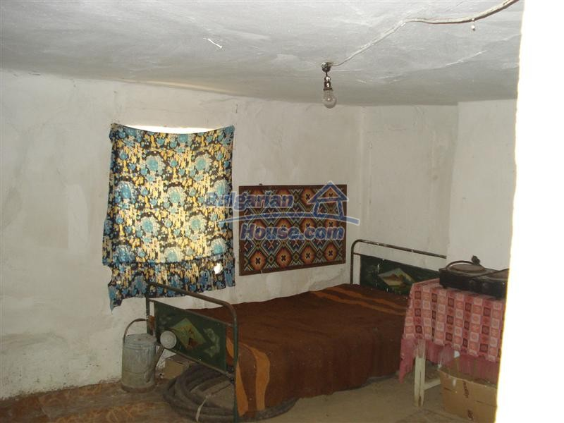 12925:9 - Property for sale 27 km from Yambol town near Elhovo