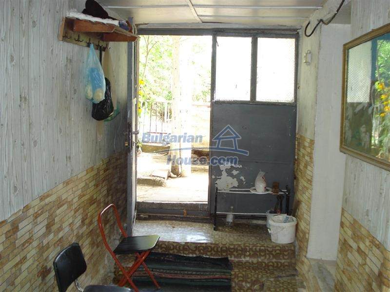 12925:12 - Property for sale 27 km from Yambol town near Elhovo