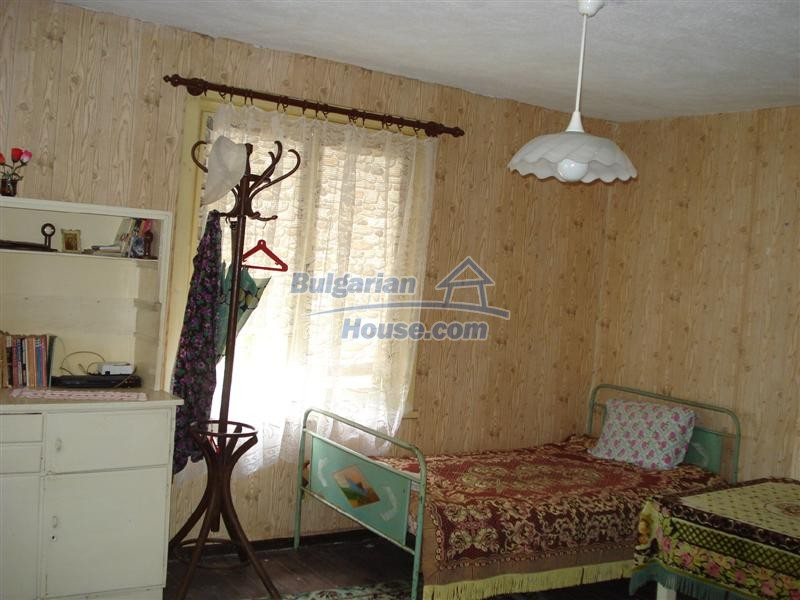 12925:14 - Property for sale 27 km from Yambol town near Elhovo