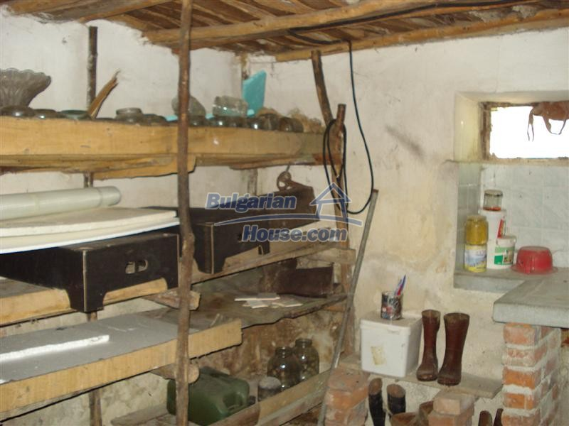 12925:11 - Property for sale 27 km from Yambol town near Elhovo