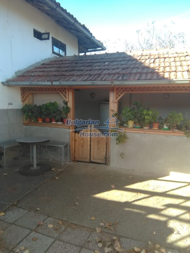 12927:13 - Authentic traditional Bulgarian house - beautiful views Razgrad