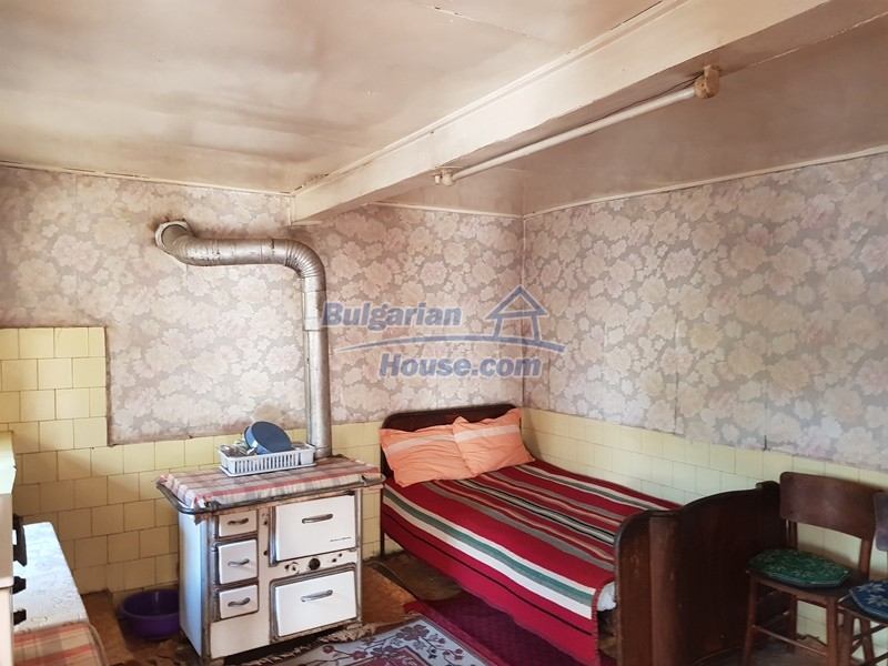 12937:12 - House in good condition between Plovdiv and Stara Zagora