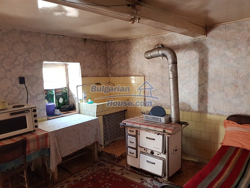 12937:16 - House in good condition between Plovdiv and Stara Zagora