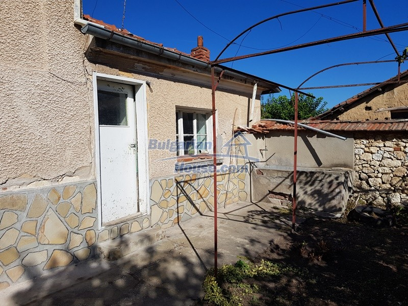 12937:7 - House in good condition between Plovdiv and Stara Zagora