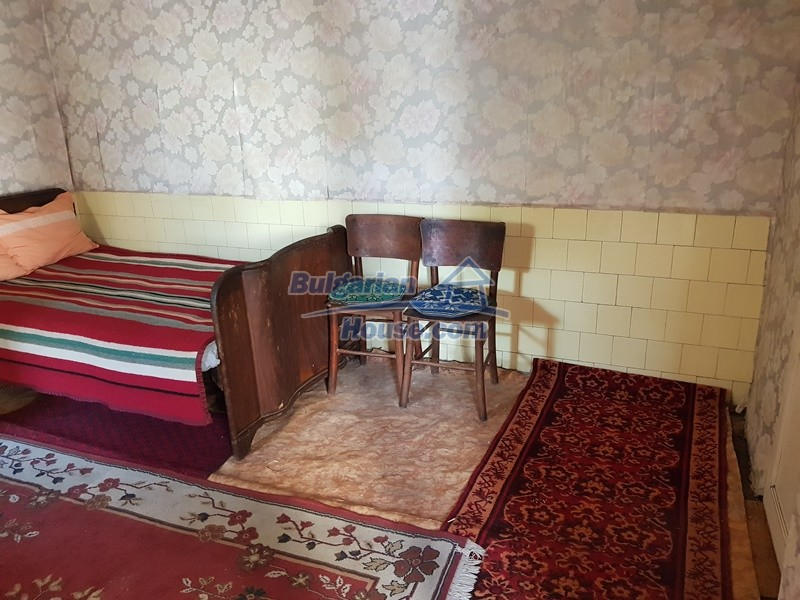 12937:15 - House in good condition between Plovdiv and Stara Zagora