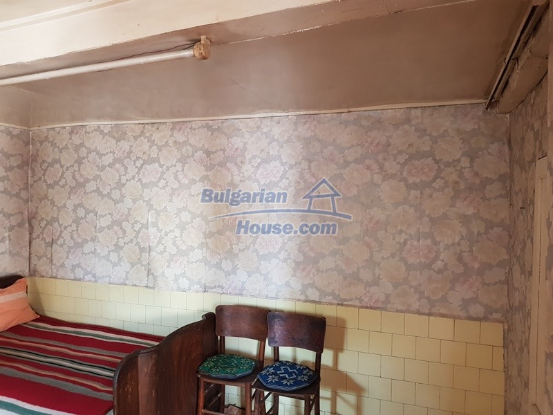 12937:14 - House in good condition between Plovdiv and Stara Zagora