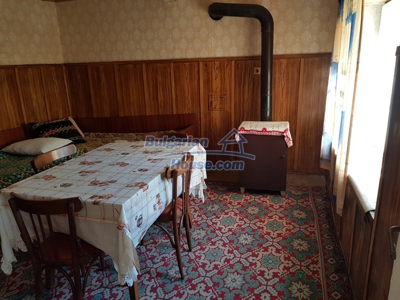 12937:26 - House in good condition between Plovdiv and Stara Zagora