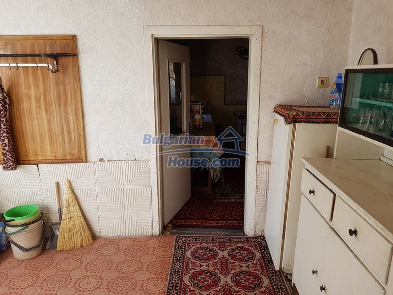 12937:33 - House in good condition between Plovdiv and Stara Zagora