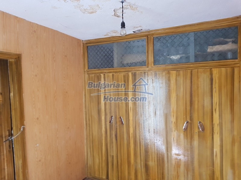 12937:42 - House in good condition between Plovdiv and Stara Zagora