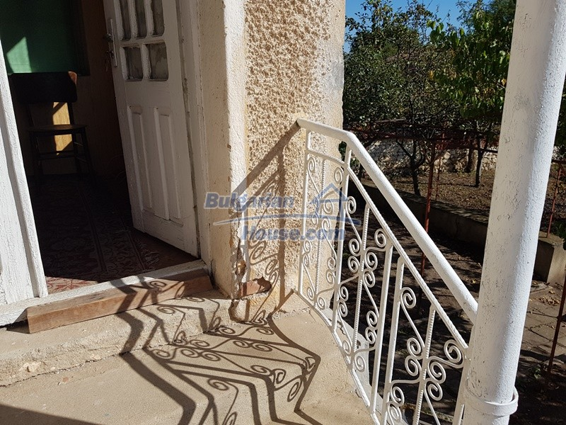 12937:38 - House in good condition between Plovdiv and Stara Zagora
