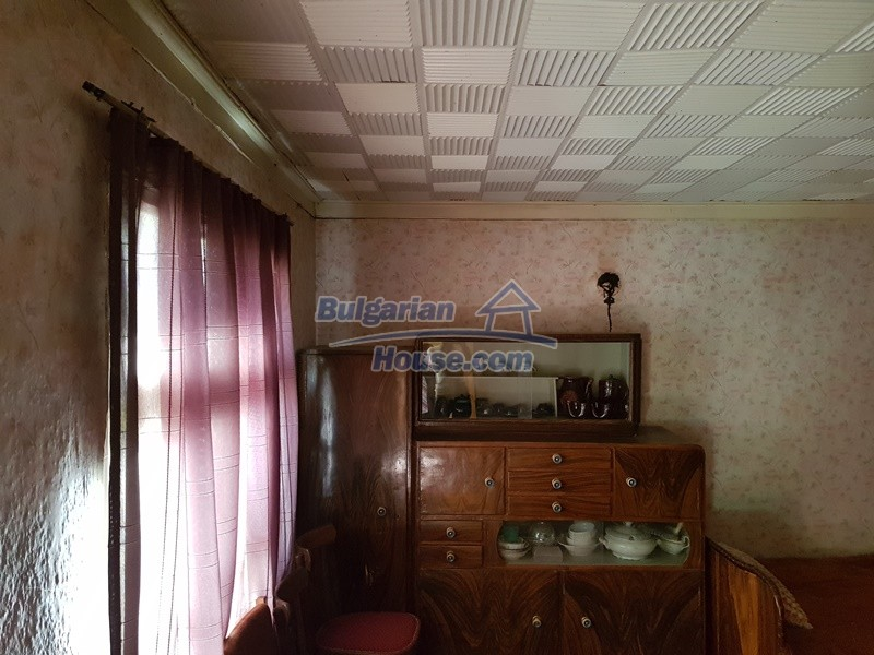 12937:46 - House in good condition between Plovdiv and Stara Zagora