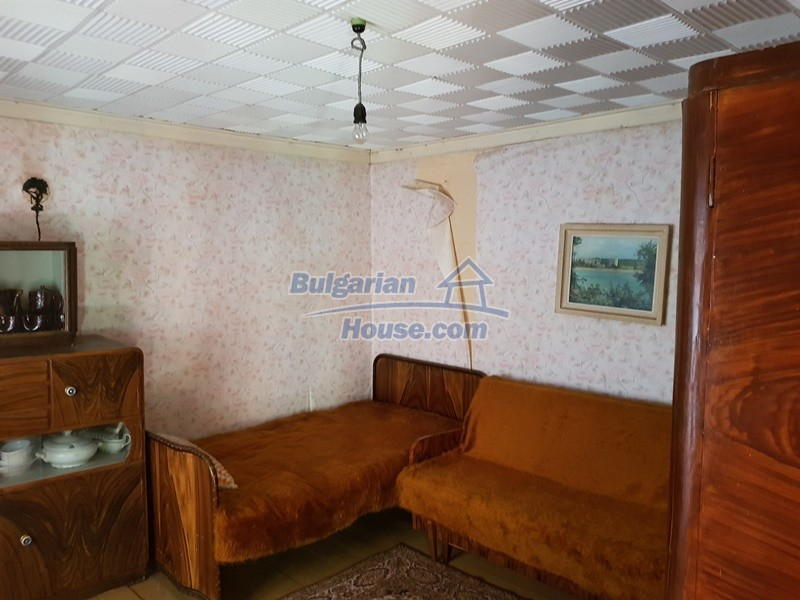 12937:44 - House in good condition between Plovdiv and Stara Zagora