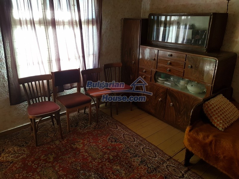12937:53 - House in good condition between Plovdiv and Stara Zagora
