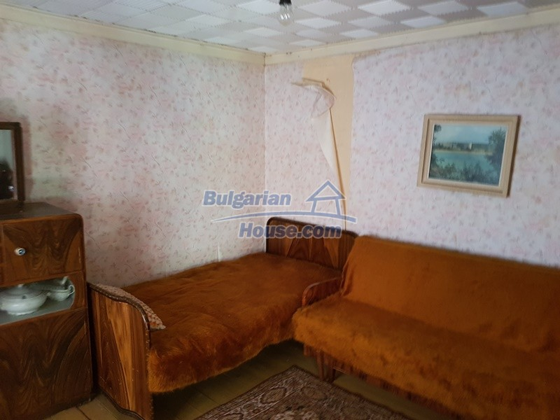 12937:51 - House in good condition between Plovdiv and Stara Zagora