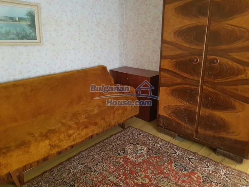 12937:49 - House in good condition between Plovdiv and Stara Zagora