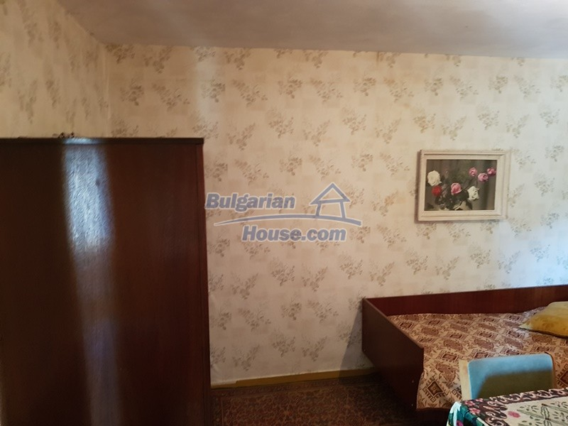 12937:59 - House in good condition between Plovdiv and Stara Zagora