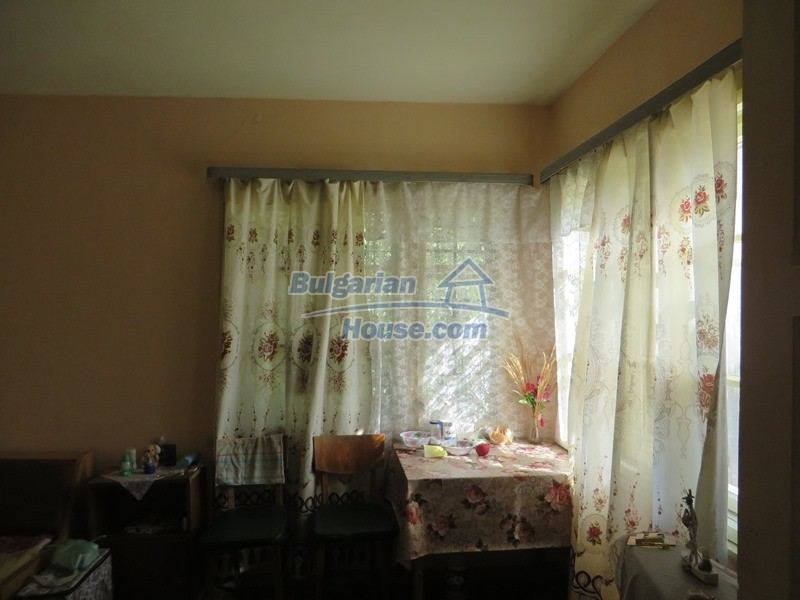 12944:15 - Cheap Bulgarian property in Stambolovo village, Veliko Tarnovo