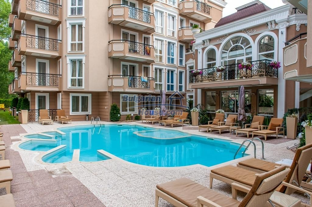 12951:23 - Luxury furnished one bedroom apartment in DAWN PARK DELUXE