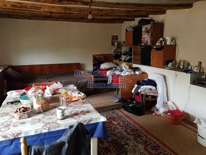 12962:18 - TWO HOUSES, big workshop, many outbuildings and 5000sq.m garden