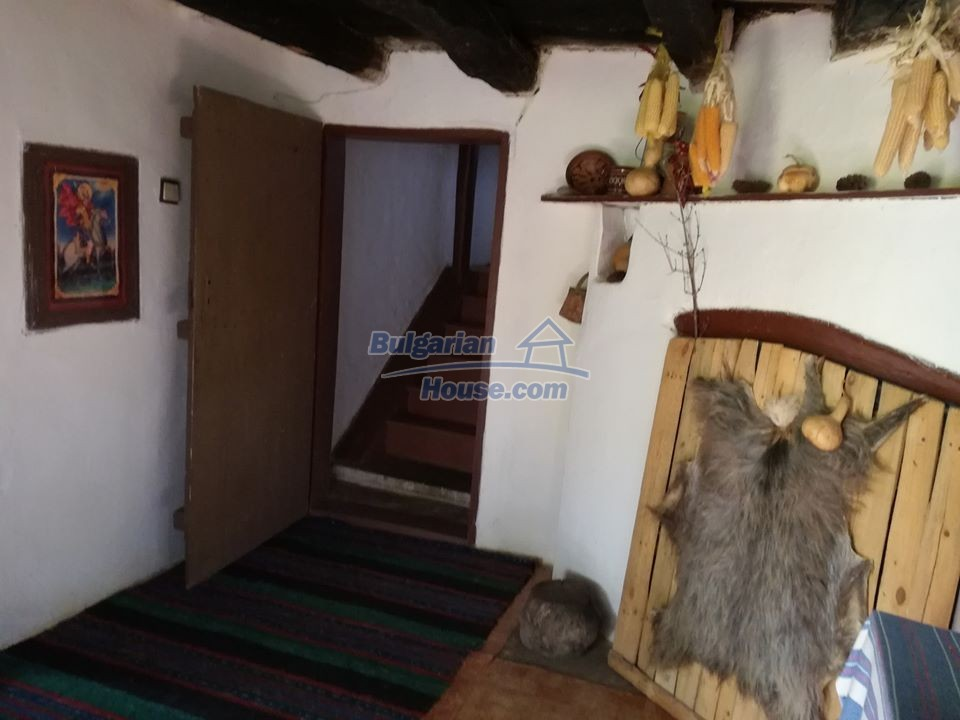 12966:8 - House in good condition near lake Yastrebino Targovishte