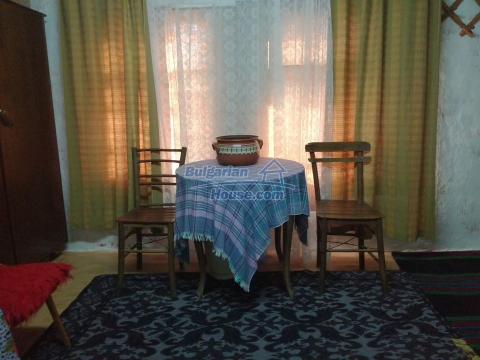 12966:11 - House in good condition near lake Yastrebino Targovishte