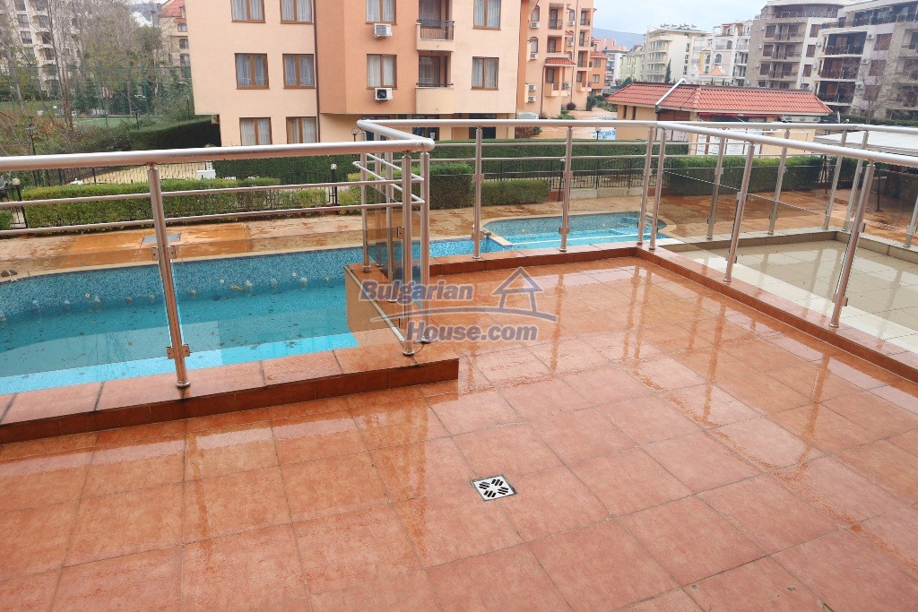 12976:9 - 1 BED apartment with pool view 5 minutes from the beach